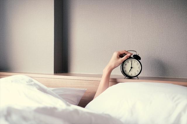 睡眠 時間 長い 原因